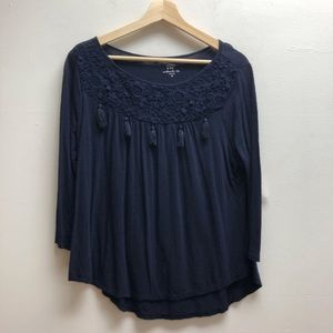 Crown and Ivy navy 3/4 sleeve w/lace and tassel